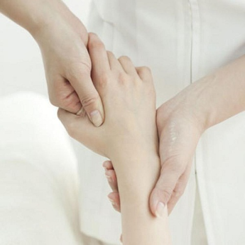 10 biện pháp giúp giảm đau tự nhiên khi mang bầu