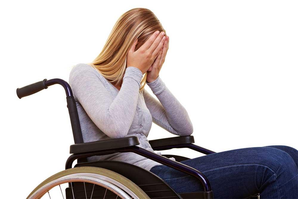 """Poveste adevărată: """"Logodnica mea a paralizat înainte de nuntă. Cât să aștept până s-o părăsesc?"""""""